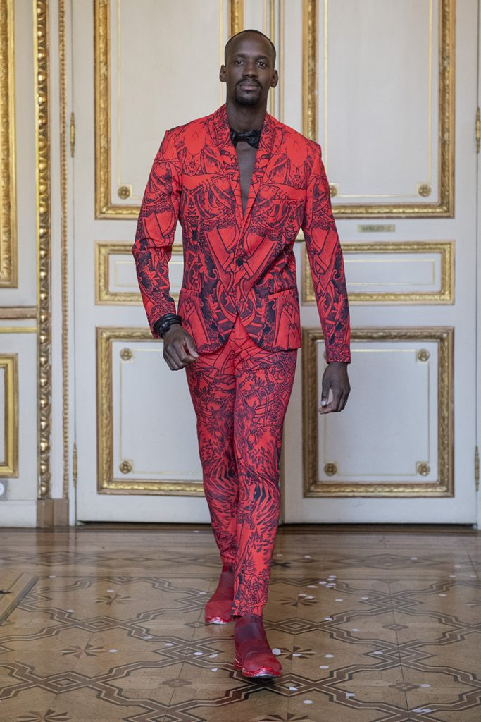 Red Tattoo Tailored Suit With Shawl Lapels - PFW 2019 (Photo: IMAXtree)